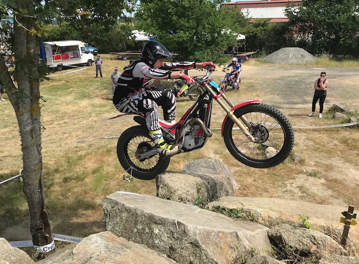 Mats Petit gagne le trial de Cugand